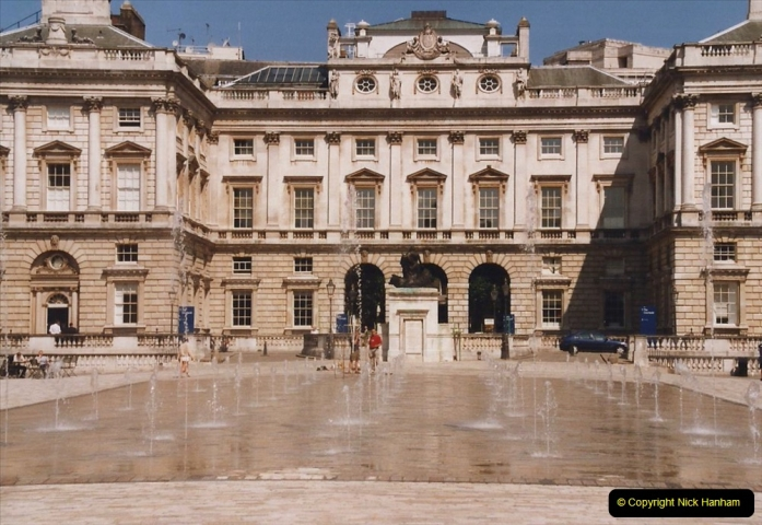 2002 July - London. (6) Somerset House. 06