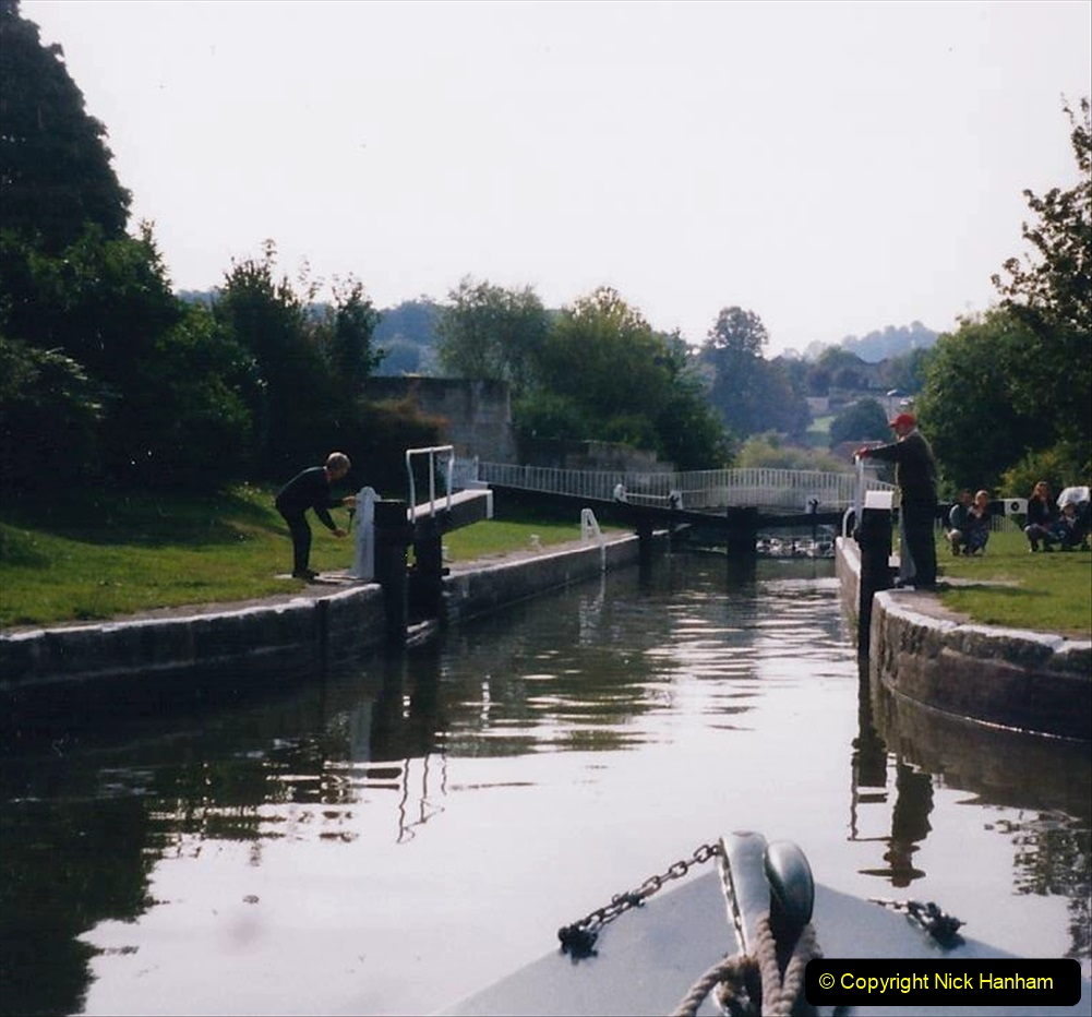2002 Kennet & Avon Canal and The River Avon narrow boat trip with friends. (113) Pictures supplied by our friends. 113
