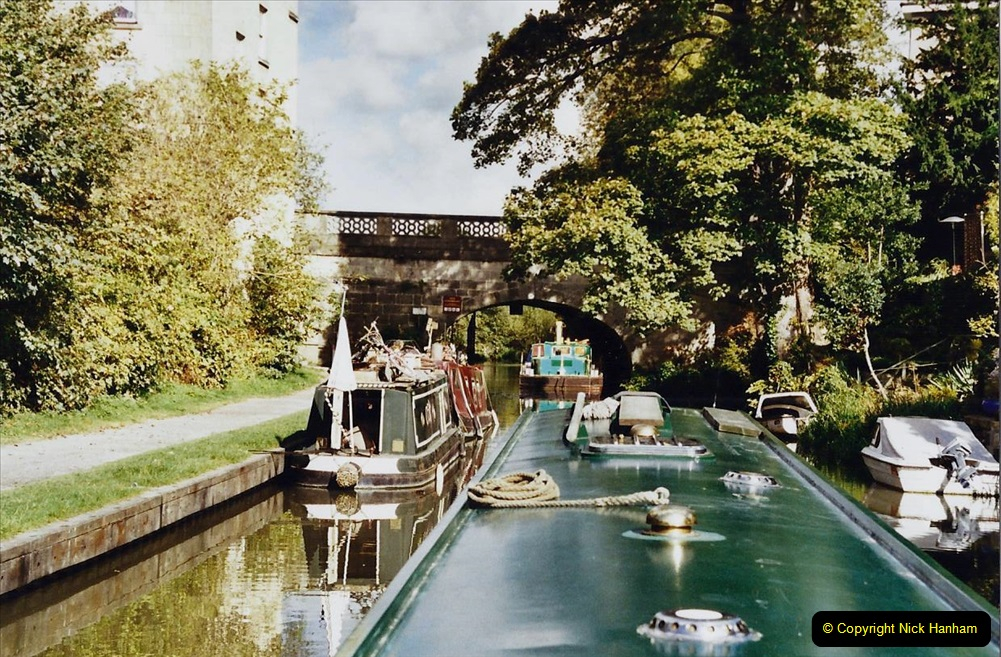 2002 Kennet & Avon Canal and The River Avon narrow boat trip with friends. (84) Back in Bath. 084