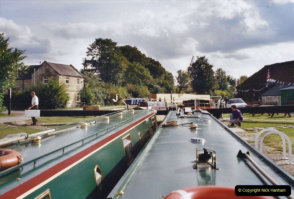 2002 Kennet & Avon Canal and The River Avon narrow boat trip with friends. (97) Bradford on Avon. 097