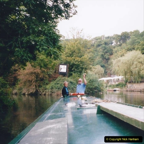 2002 Kennet & Avon Canal and The River Avon narrow boat trip with friends. (117) Pictures supplied by our friends. 117