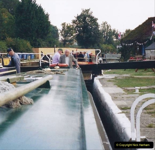 2002 Kennet & Avon Canal and The River Avon narrow boat trip with friends. (118) Pictures supplied by our friends. 118