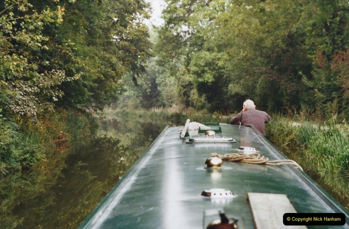 2002 Kennet & Avon Canal and The River Avon narrow boat trip with friends. (21) 021