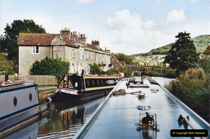 2002 Kennet & Avon Canal and The River Avon narrow boat trip with friends. (89) Bathampton. 089