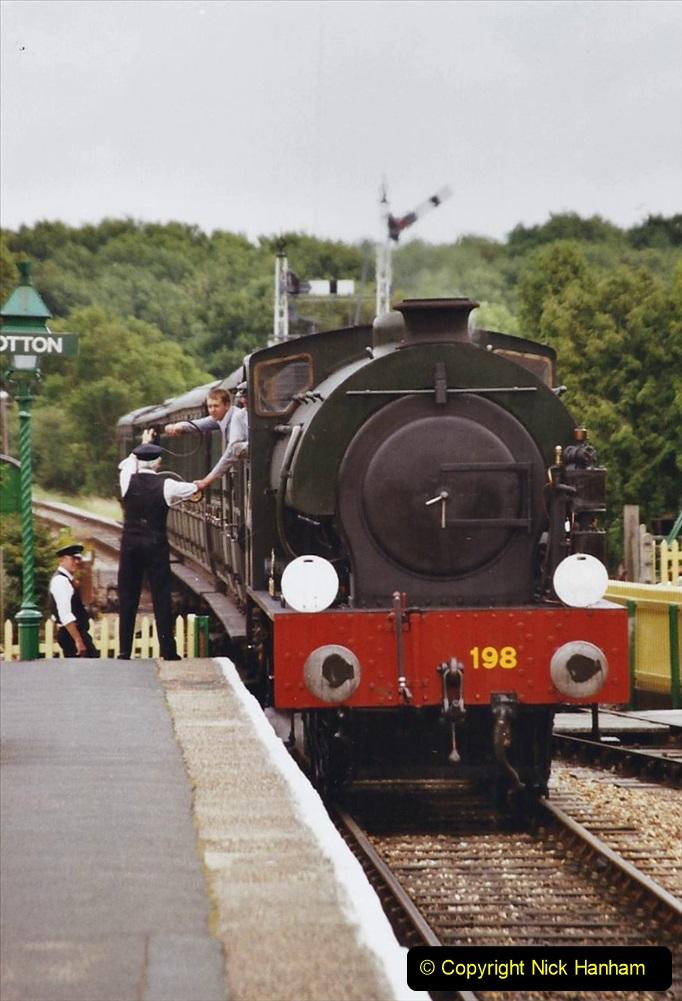 2003 July - IOW. (33) Isle of Wight Railway.