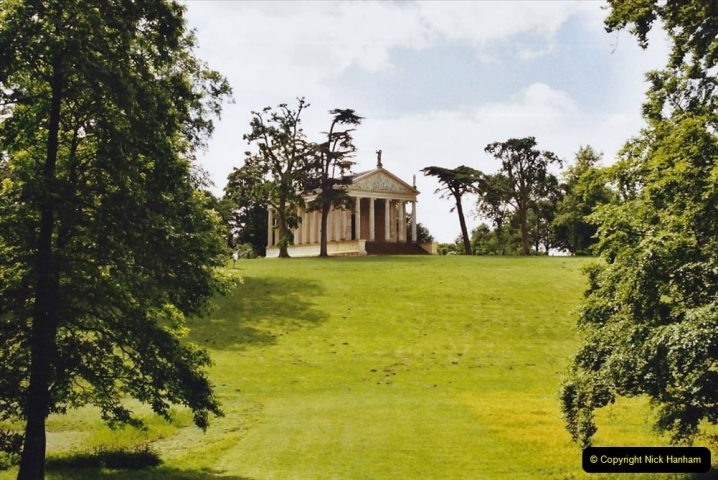 2003 Miscellaneous. (209) Stowe House (NT) buckinghamshire.