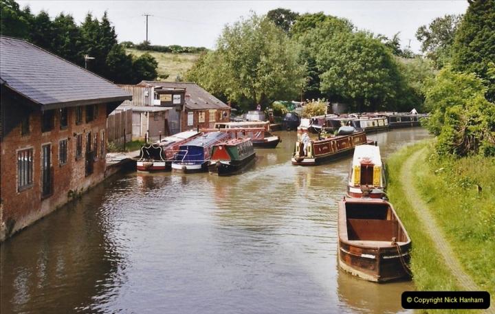 2003 Miscellaneous. (258) The Grand Union Canal near Northampton, Northamptonshire.