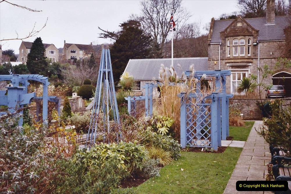 2004 January - Weston Super Mare Holiday. (27) Jill's Garden.