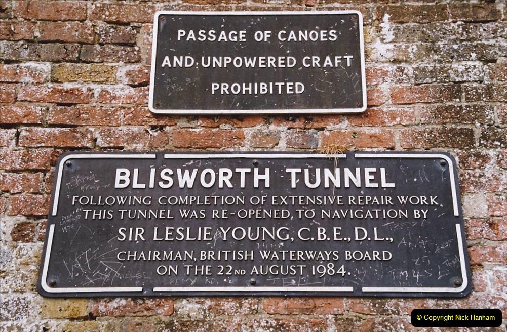 2004 June - The Grand Union Canal Blisworth,  Northampton, Noprthamptonshire.  (13)
