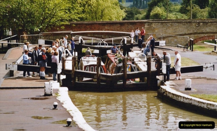 2004 June - The Grand Union Canal Blisworth,  Northampton, Noprthamptonshire.  (3)