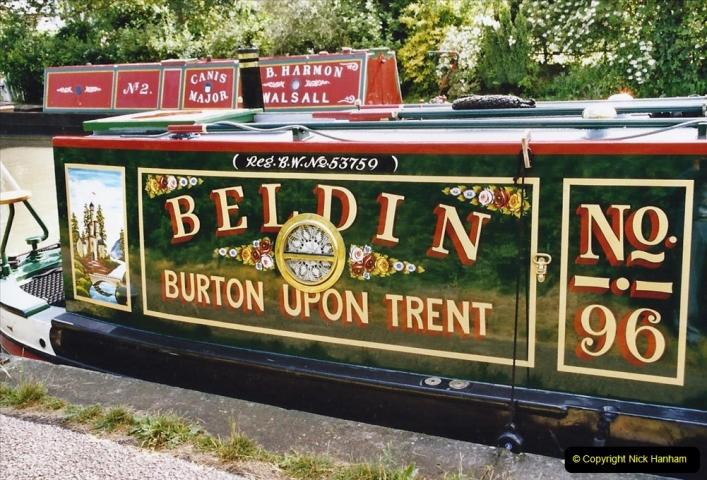 2004 June - The Grand Union Canal Blisworth,  Northampton, Noprthamptonshire.  (9)