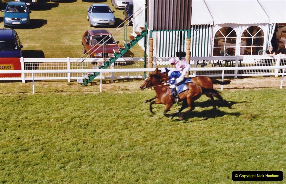 2004 June - Salisbury Race Meeting.  (21)