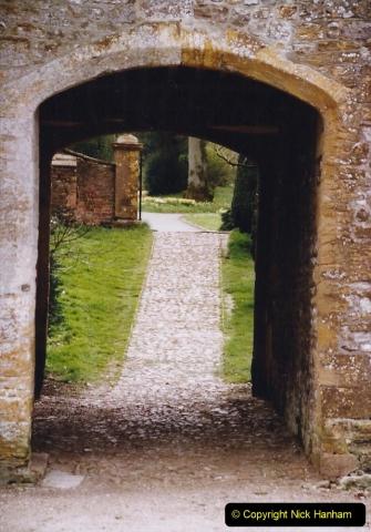 2004 Miscellaneous. (39) Forde Abbey, Dorset group visit.