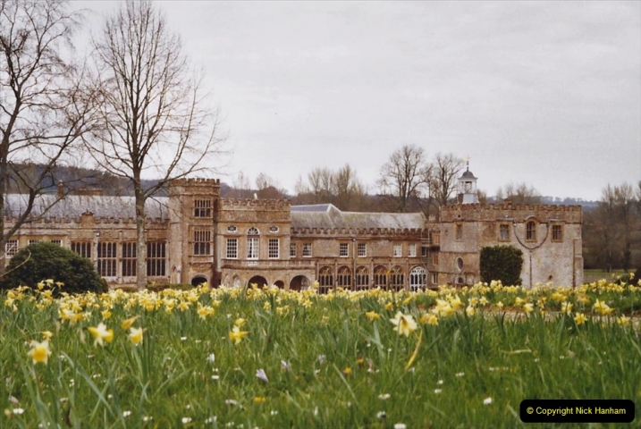 2004 Miscellaneous. (55) Forde Abbey, Dorset group visit.