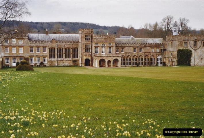 2004 Miscellaneous. (57) Forde Abbey, Dorset group visit.