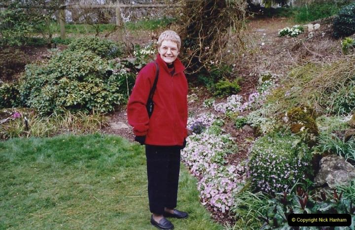 2004 Miscellaneous. (60) Forde Abbey, Dorset group visit.