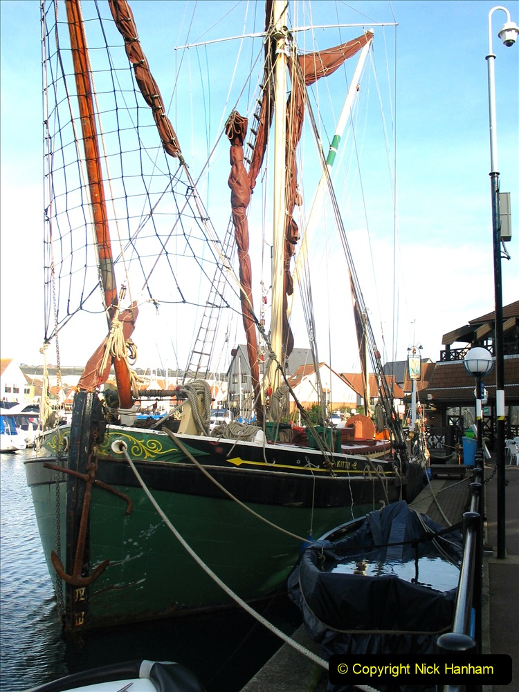 Retrospective 2004 November - (42) Portsmouth and its military history.