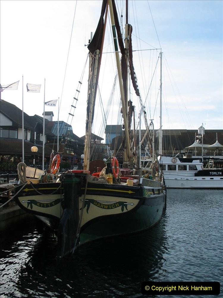 Retrospective 2004 November - (44) Portsmouth and its military history.