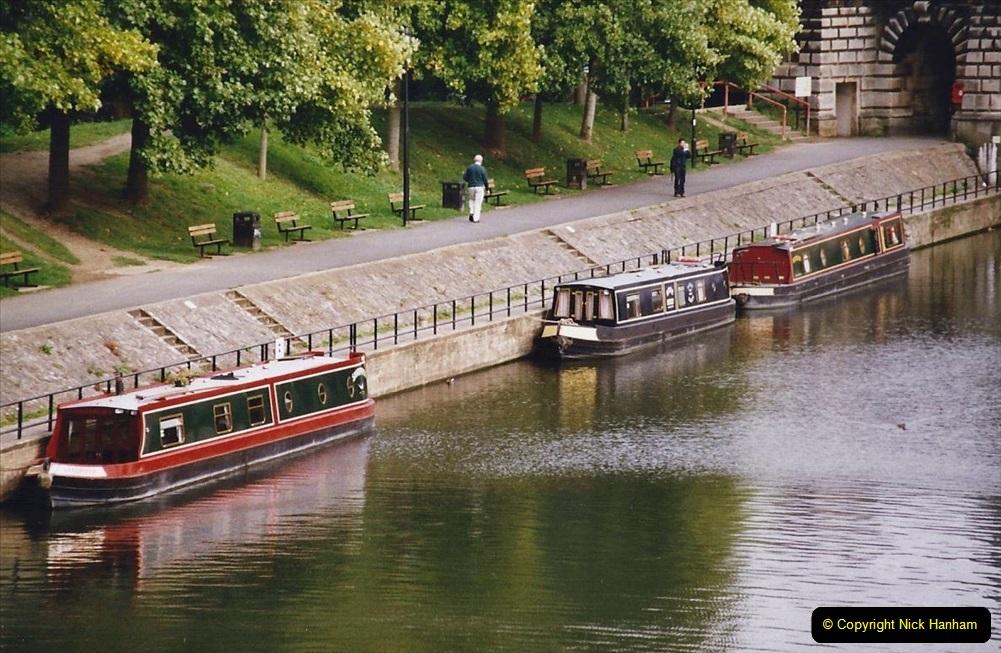 2004 October - Kennet & Avon Canal Holiday (27) Trowbridge - Cane Flight - Bath - Trobridge. 27