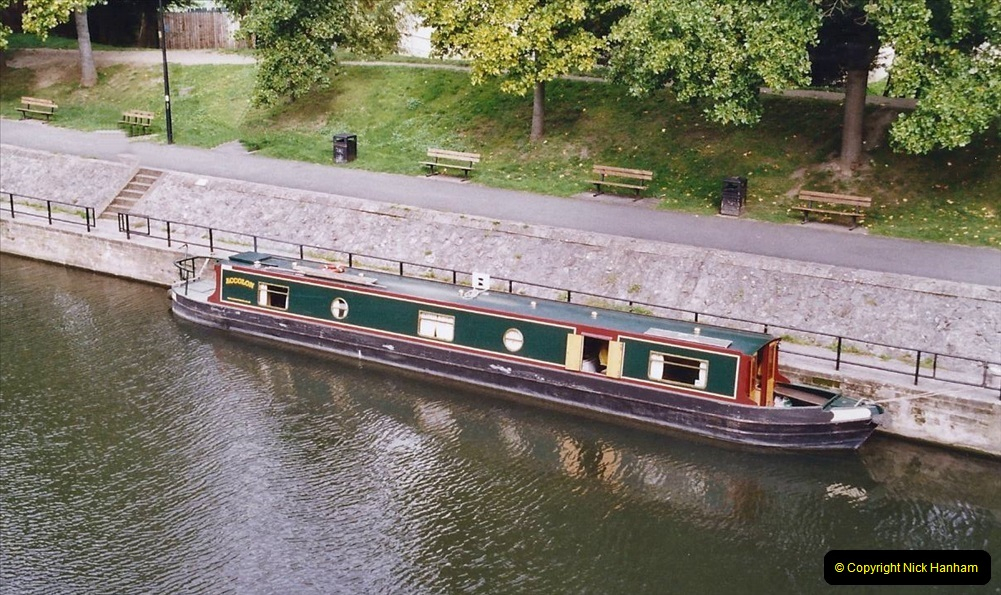 2004 October - Kennet & Avon Canal Holiday (29) Trowbridge - Cane Flight - Bath - Trobridge. 29