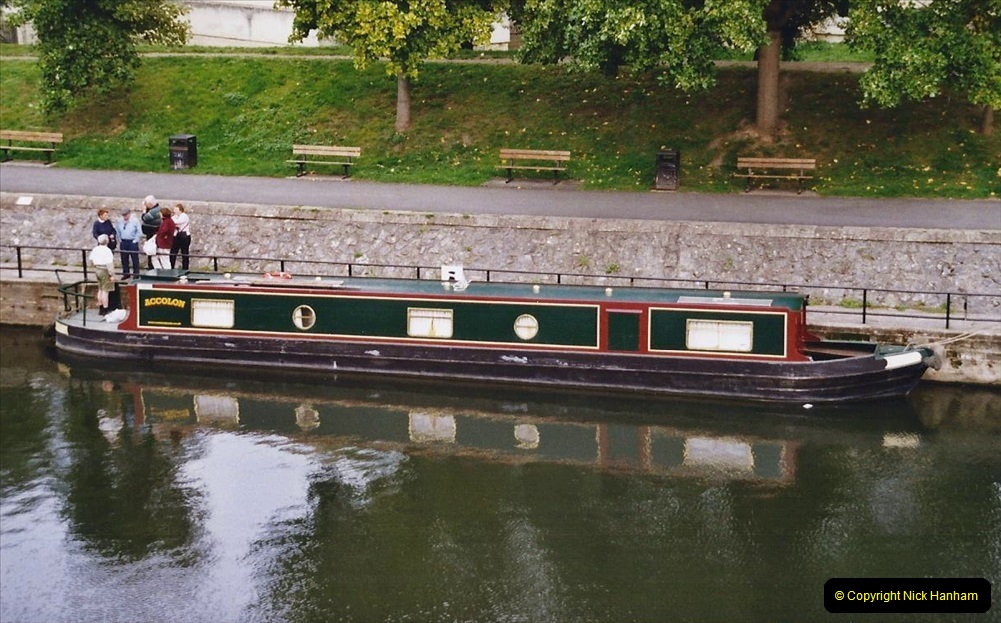 2004 October - Kennet & Avon Canal Holiday (31) Trowbridge - Cane Flight - Bath - Trobridge. 31