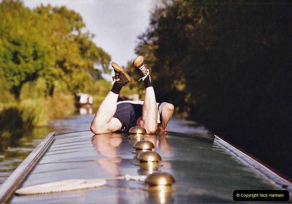 2004 October - Kennet & Avon Canal Holiday (4) Trowbridge - Cane Flight - Bath - Trobridge. 04
