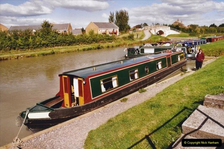 2004 October - Kennet & Avon Canal Holiday (1) Trowbridge - Cane Flight - Bath - Trobridge with friends.01