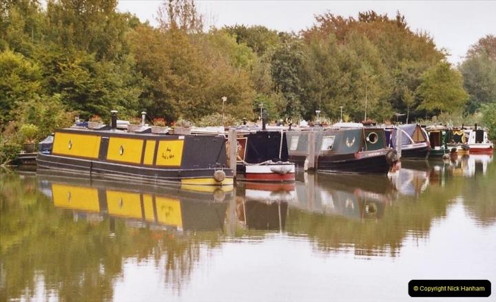2004 October - Kennet & Avon Canal Holiday (15) Trowbridge - Cane Flight - Bath - Trobridge. 15