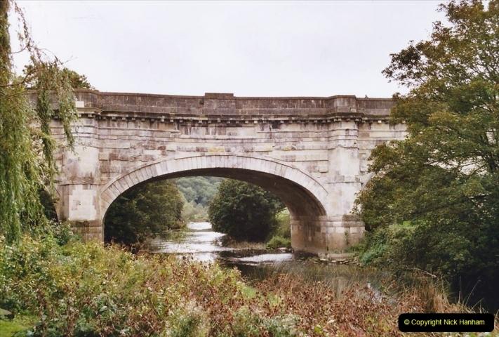 2004 October - Kennet & Avon Canal Holiday (18) Trowbridge - Cane Flight - Bath - Trobridge. 18