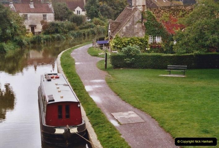 2004 October - Kennet & Avon Canal Holiday (42) Trowbridge - Cane Flight - Bath - Trobridge. 42