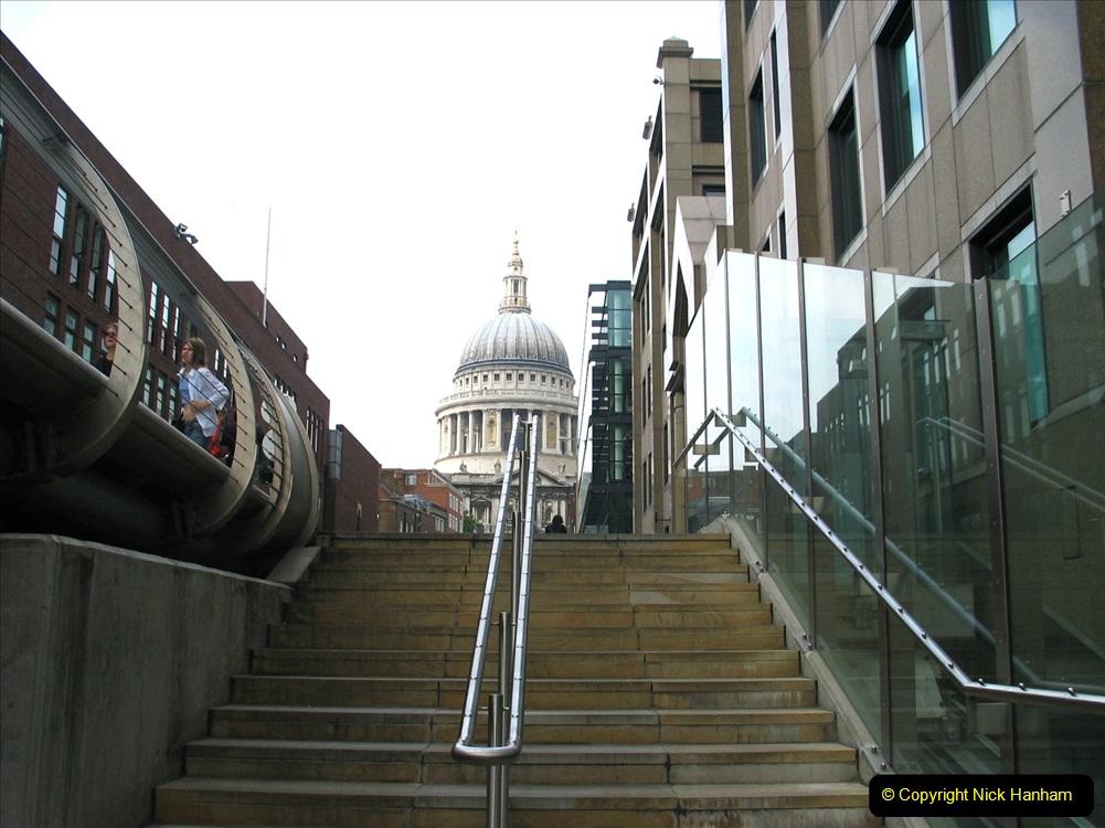 Retrospective 2005 July - London. (64) 64
