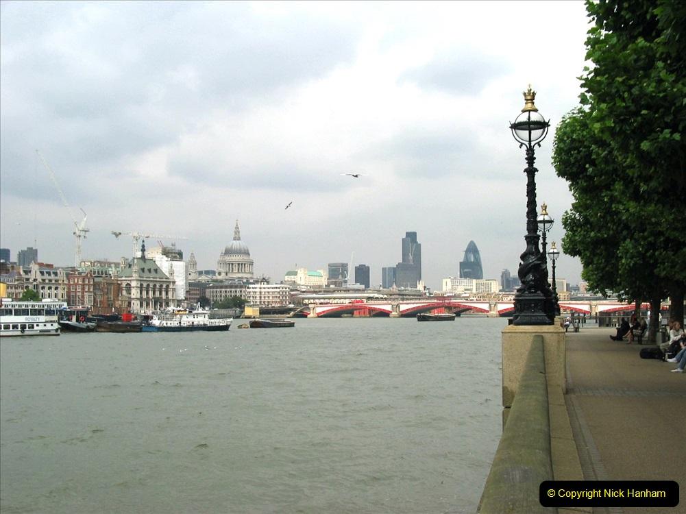 Retrospective 2005 July - London. (70) 70
