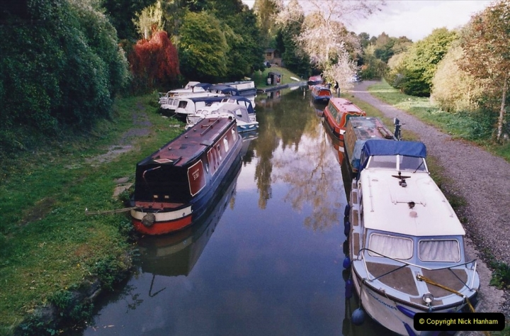 2005 October - A small narrow boat on the Kennet & Avon Canal - Trowbridge to Bath and back to Trowbridge. (13) 13