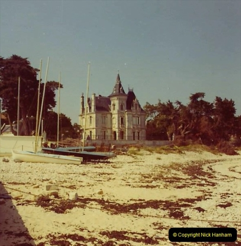 1972 Retrospective France West and North West.  (32) La Rochelle. 32