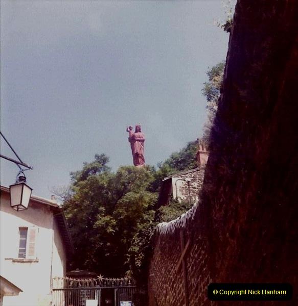 Retrospective France 1979 North Central - Paris - North Central.  (38) Le Puy. 38