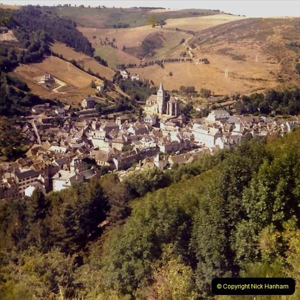 Retrospective France 1979 North Central - Paris - North Central.  (48) Chaudes.48
