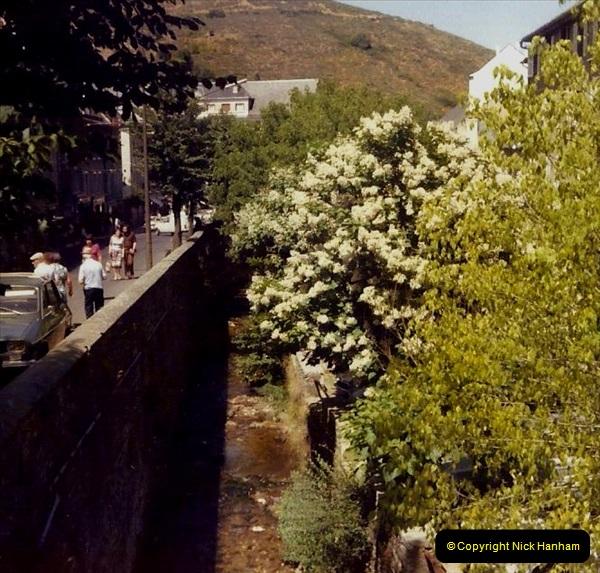 Retrospective France 1979 North Central - Paris - North Central.  (51) Aigues. 51