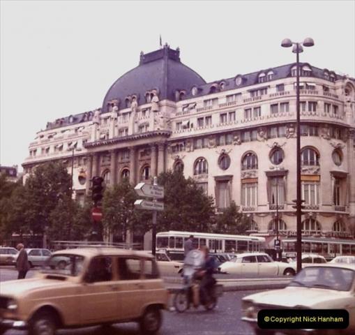 Retrospective France 1979 North Central - Paris - North Central.  (19) Paris. 19
