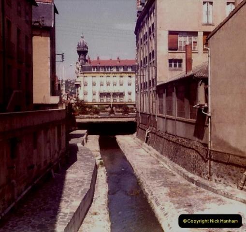 Retrospective France 1979 North Central - Paris - North Central.  (40) Le Puy. 40