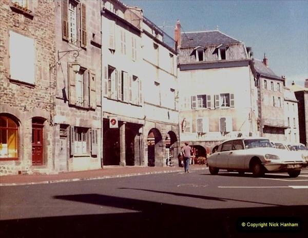 Retrospective France 1979 North Central - Paris - North Central.  (68) St. Flour. 68