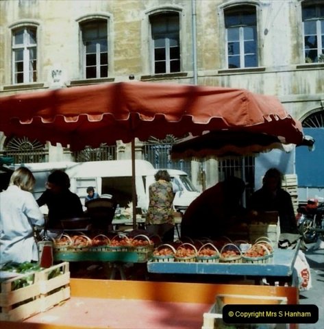 1980 Retrospective  France South. Pictures by your Host's Wife.  (10) Aix - En - Provence. 10
