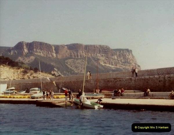 1980 Retrospective  France South. Pictures by your Host's Wife.  (31) Les Calanques De Cassis. 31