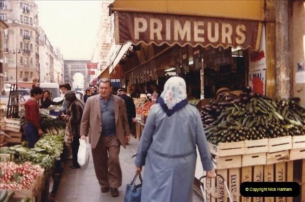 FRANCE 1982. Paris. (3) 11