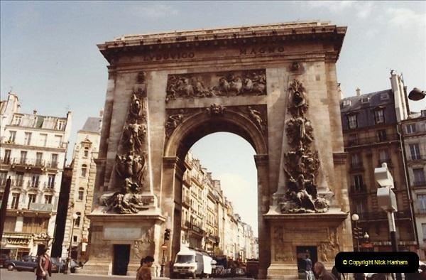 FRANCE 1982. Paris. (4) 12