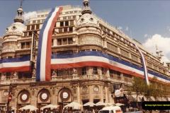 FRANCE 1982. Paris. (10) 18