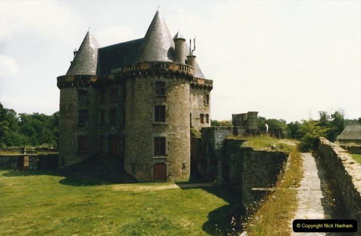 1986 Brittany, France. (24) Chateau De Landal. 024