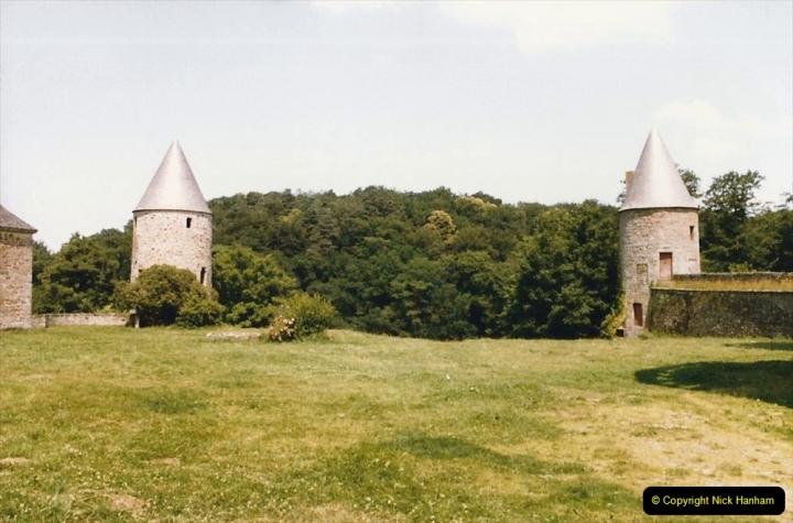 1986 Brittany, France. (25) Chateau De Landal. 025