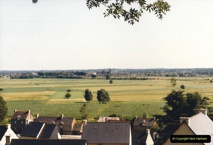 1986 Brittany, France. (28) Mont Dol. 028