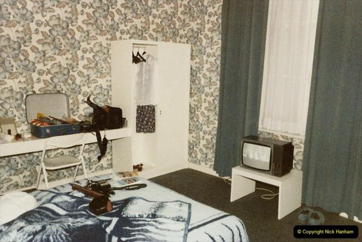 1986 Brittany, France. (33) Dol De Bretagne - Logis De France. 033