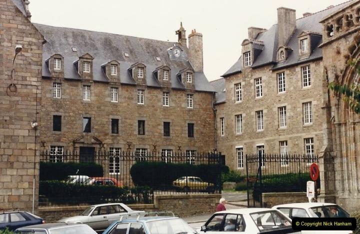 1986 Brittany, France. (77) St.pol; De Leon. 077